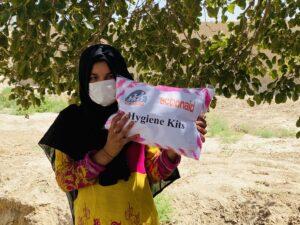 Afgnanistan Distribuzione di kit igienici, con mascherine e gel igienizzante.